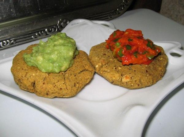 chickpea-biscuits-ajvar-guacamole2