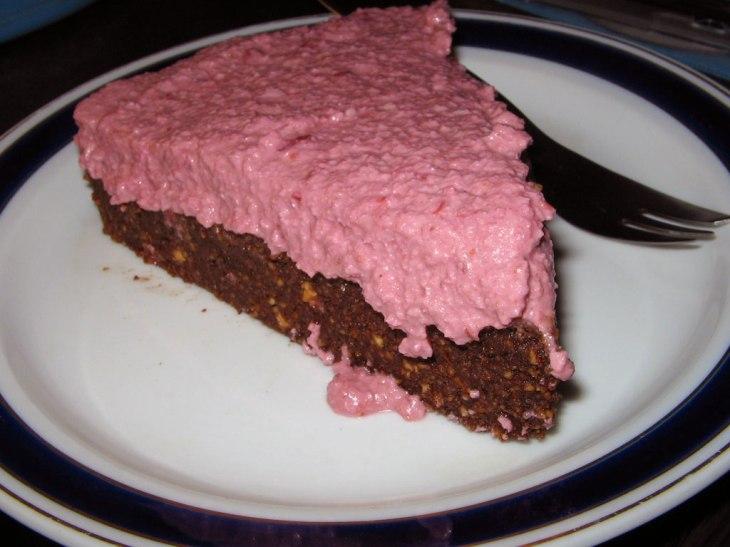 vegan-cherry-cheesecake-slice2