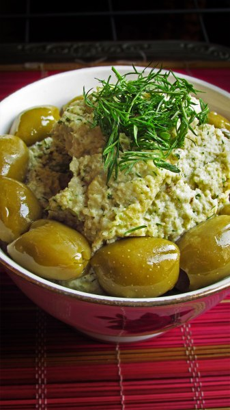 Raw Vegan Cashew Olive Dip