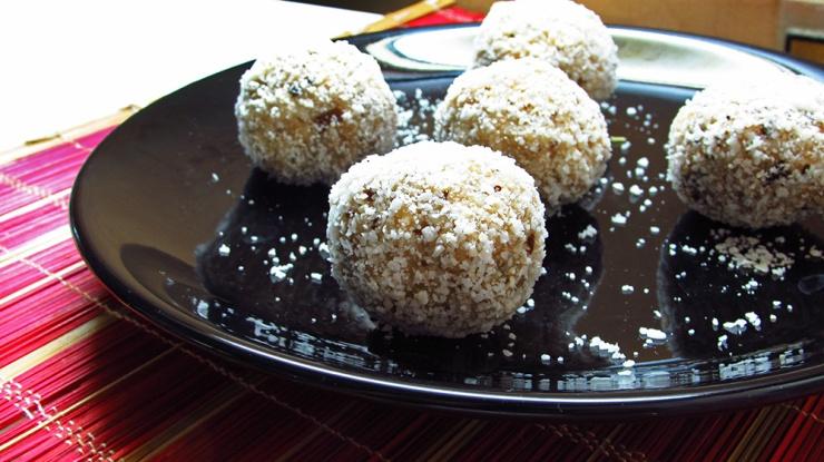 raw vegan coconut raffaello balls, truffles