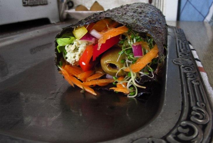 Vegan nori vegetable roll