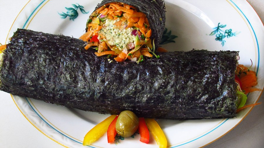 Vegetable filled nori rolls