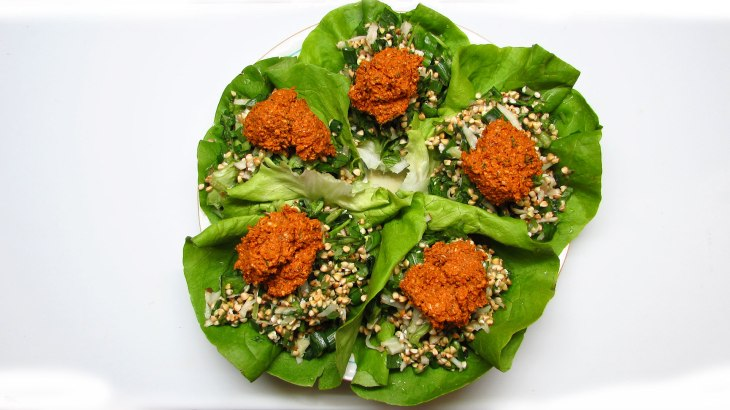 Raw Vegan Dinner - Walnut Lettuce Wraps