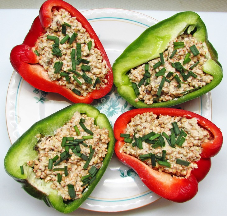 Raw Vegan Bell Pepper Boats